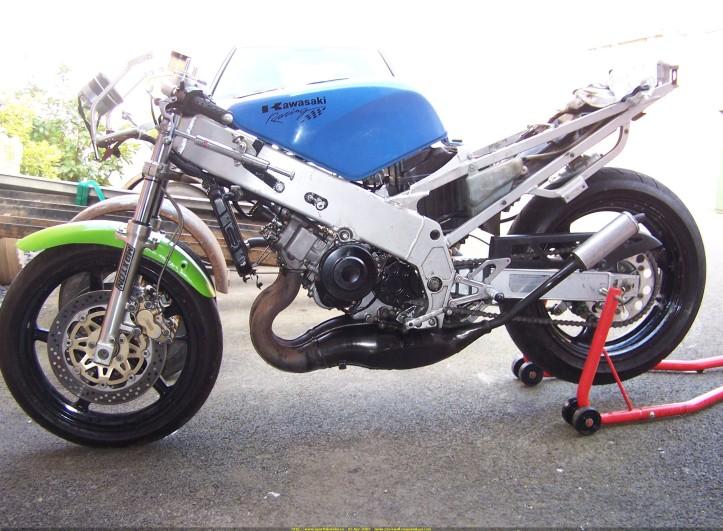 Kawasaki KR-1S Engine