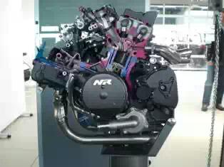 nr750 engine.jpeg