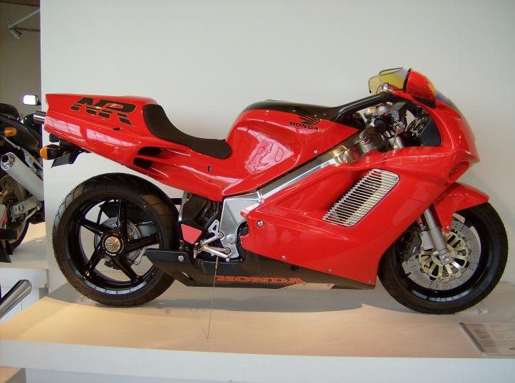 NR750
