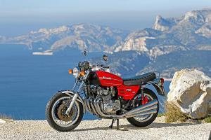 Benelli 750 Sei_BMW R 90 S_Honda CB 750 Four_Kawasaki 750 H2_Norton Commando 750 Roadster_Suzuki GT 750_020.jpg.2118300