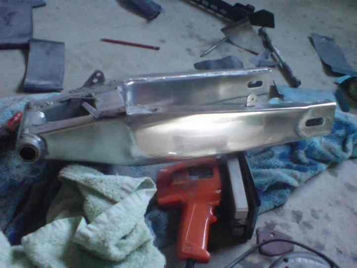 FZR250 Swingarm