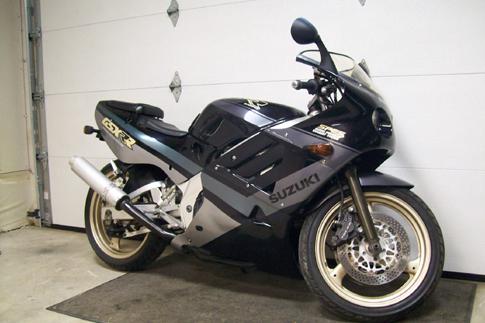 GSX R3