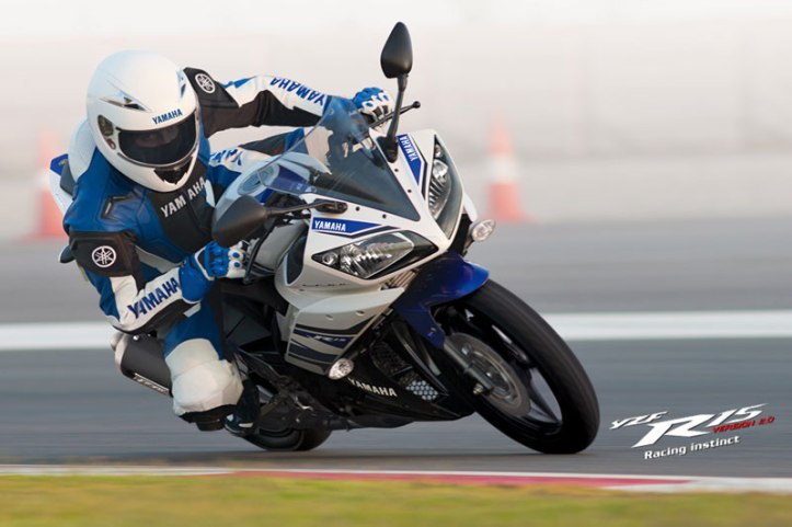 R15 Race 3
