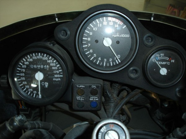RC30 Speedo