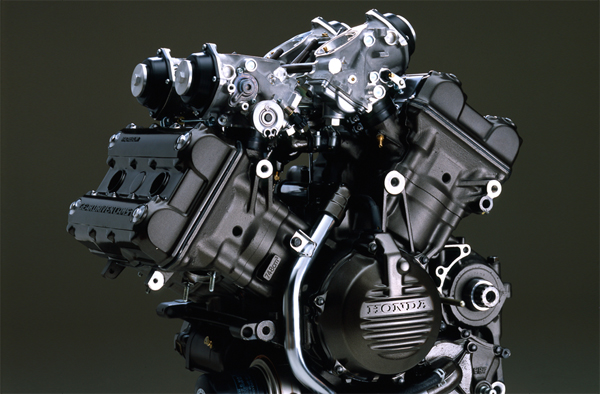 RC30 Engine