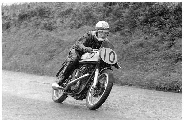 1949 GP