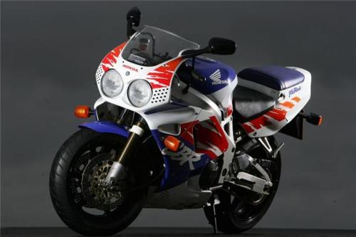 Revolusi Desain Sport Honda