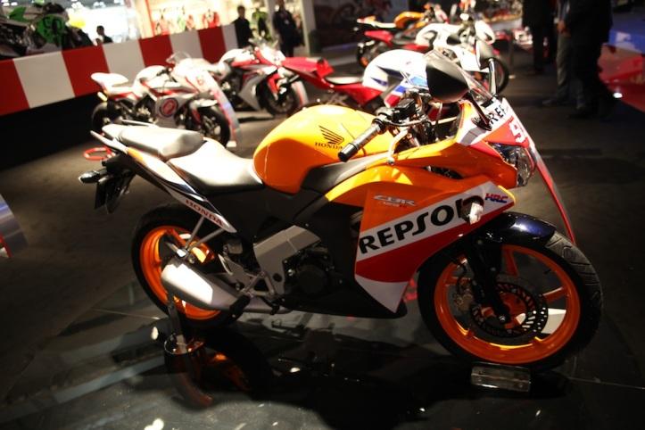 CBR 125R Repsol Edition 2015 2
