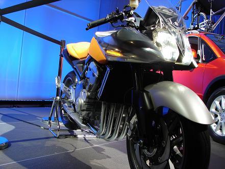 Suzuki Stratosphere 2