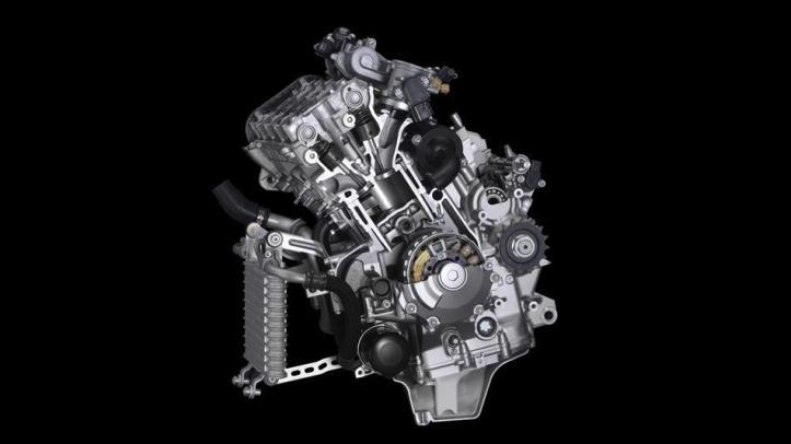 YZF R1 2015 Engine 3