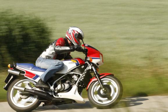 Honda MVX 250F 14