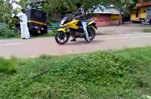 Stunt di Jalanan Umum 6
