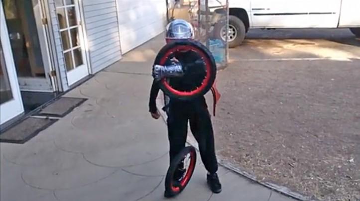 Transformer versi Manusia 4