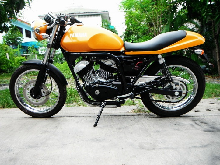 Yamaha SRV 250 Custom 7