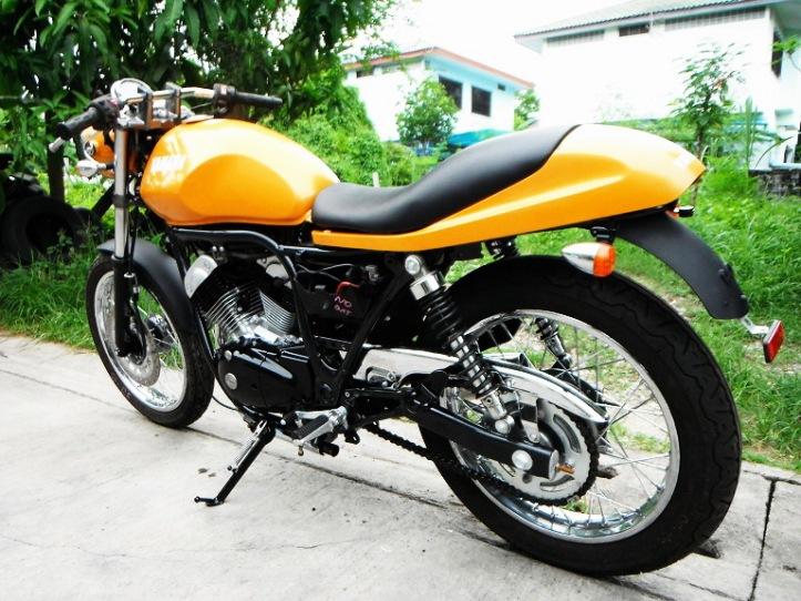 Yamaha SRV 250 Custom 8