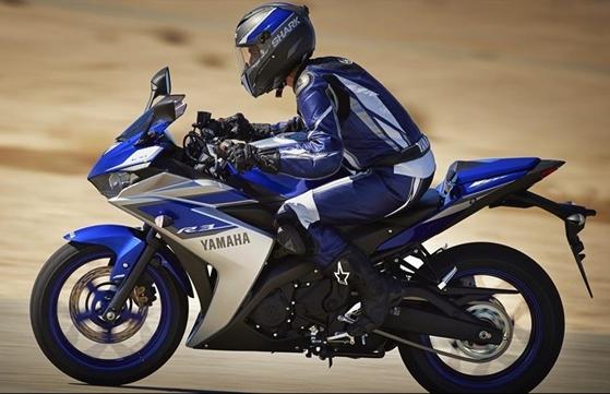 Yamaha YZF R3 9