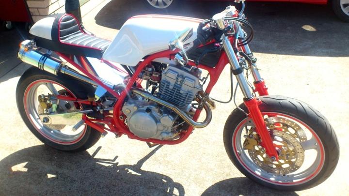 Yamaha SRX250 Custom Cafe Racer 7