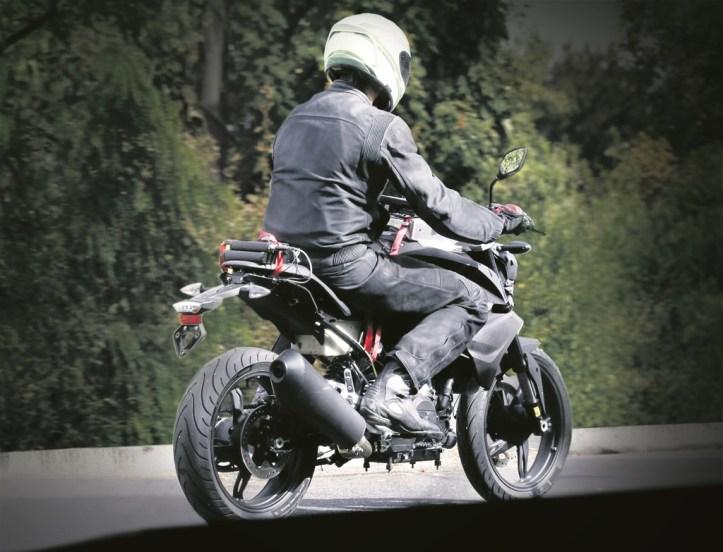 BMW 300cc K-03 2