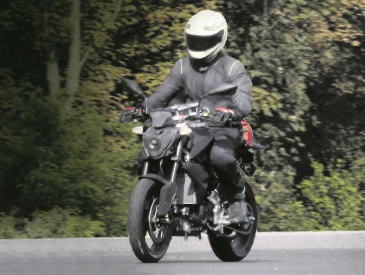 BMW 300cc K-03