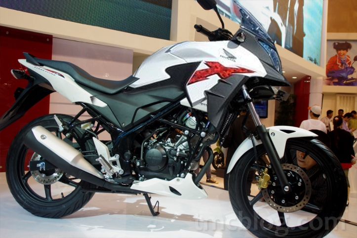 Honda CB150X Adventure