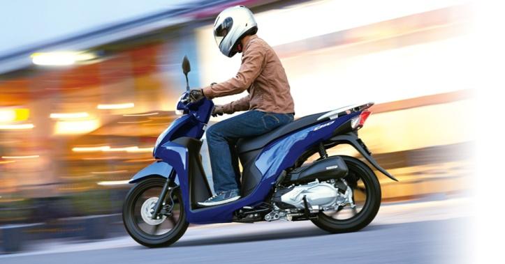 Honda Dio - Spacy 2015