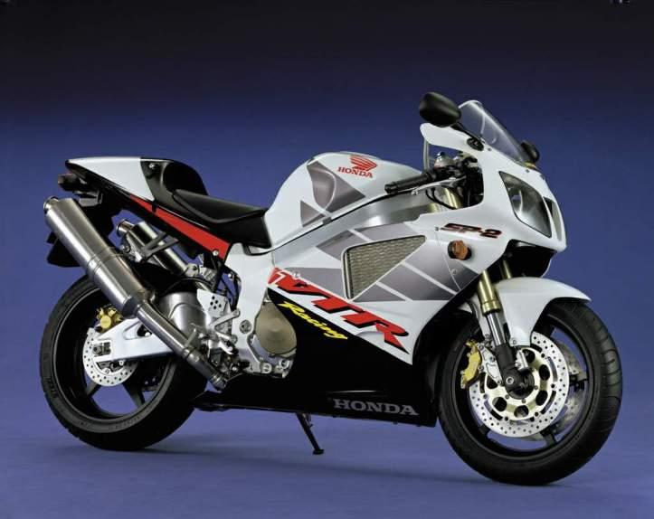 Honda VTR1000 SP2 4