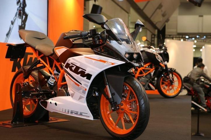 KTM Duke 250 & RC250 3