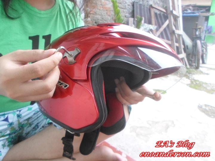 Perbaiki Visor Helm