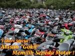 PARKIR MOTOR DI SEBUAH MALL DI JAKARTA