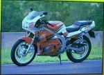 Suzuki RG150 II 2