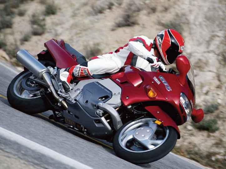 Yamaha GTS1000 1