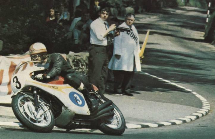 Honda RC174 Mike Hailwood 3