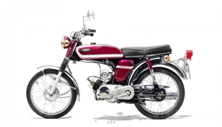 Yamaha FS1-E 17