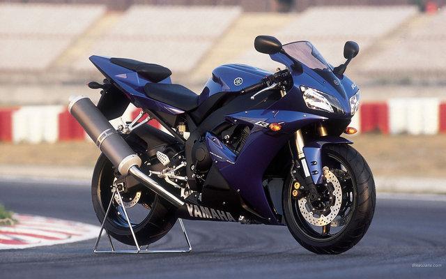 Yamaha YZF R1 2002 2