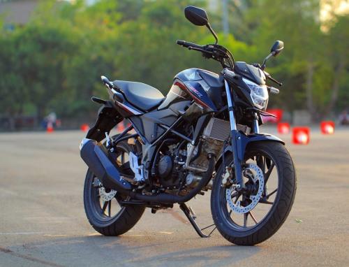Kelebihan Honda CB150R Streetfire Facelift