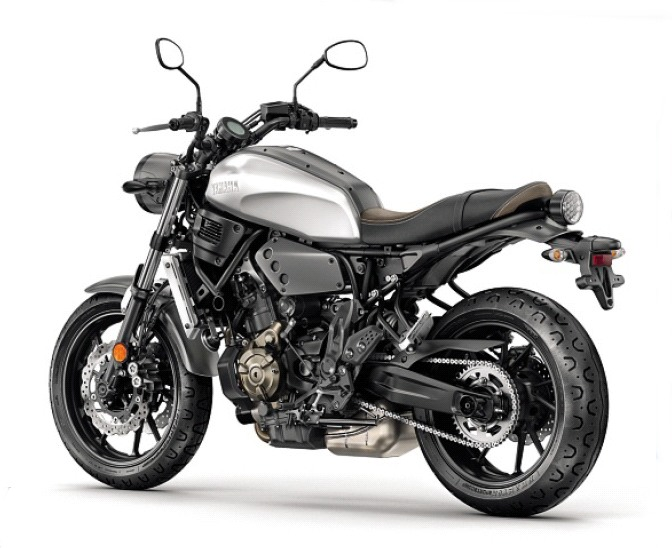 Yamaha-XSR700-2
