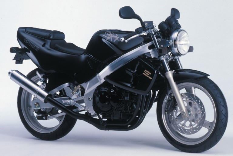 Suzuki GSX-S250 Cobra, The Hi-Revving Naked Bike ! - EAs