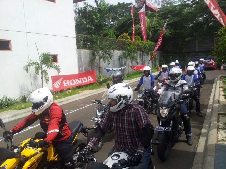 Safety Riding with Wahana Jatake 3