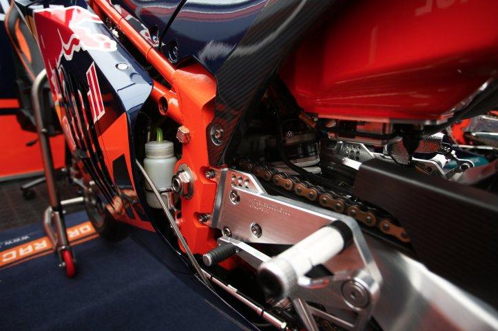 KTM RC16 Chasis